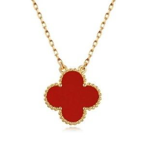 Jewelry - Four Leaf Clover Carnelian 18 Kt Gold Necklace